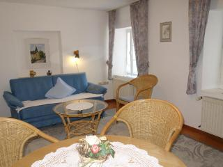 Vacation Apartment in Konz - 387 sqft, charming, quiet, relaxing (# 1567) - Konz vacation rentals