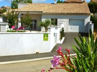 3 bedroom Gite with Internet Access in Vinsobres - Vinsobres vacation rentals