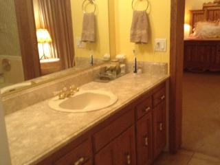 Waterfront fully furnished duplex-9 month lease - Sagle vacation rentals