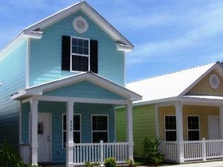 Beautiful, Neat, Cozy, Quiet Gulfstream Cottage - Myrtle Beach vacation rentals