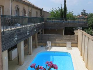 Lovely Condo with Internet Access and Satellite Or Cable TV - La Redorte vacation rentals