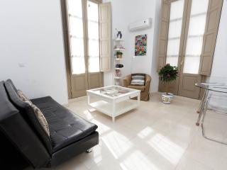 Bright Apartment-Historic Cent - Malaga vacation rentals