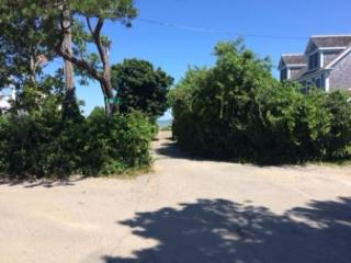 Just 300' feet to Winslow Landing Beach on Gorgeous Cape Cod Bay in Brewster! - Brewster vacation rentals