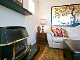 English Bay 1 bedroom suite in Kitslano - Vancouver vacation rentals