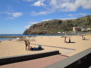 Apartamento junto á praia - Machico vacation rentals