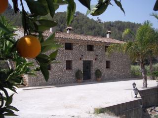 Casa Mika Appartement 3. Ideal for nature lovers - Guadalest vacation rentals