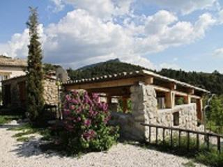 Romantic 1 bedroom Castellane Gite with Internet Access - Castellane vacation rentals