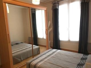 Grande Charmant chambre a Paris18 - Paris vacation rentals