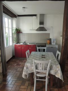 Nice Gite with Internet Access and Dishwasher - Chambon-sur-Cisse vacation rentals