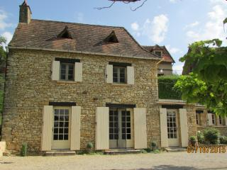 Charming Dordogne Holiday Cottage near Sarlat - Saint-Cyprien vacation rentals