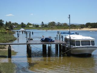 28 towpath single bed in a dorm on the riverfront - Port Elizabeth vacation rentals