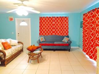 2 bedroom House with Deck in Big Pine Key - Big Pine Key vacation rentals