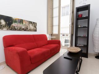 Cozy Apartment-Historic Center - Malaga vacation rentals