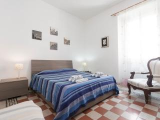 Convenient 2 bedroom Rome Condo with Internet Access - Rome vacation rentals