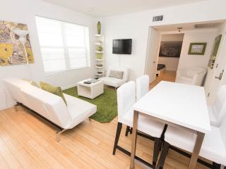 Rosemary apt. SoBe : The Perfect Place - Miami Beach vacation rentals