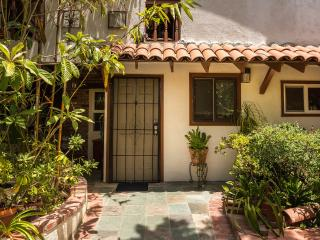 Cozy Comfortable Studio - By Occidental & Pasadena - Los Angeles vacation rentals