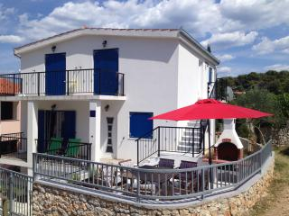 Beautiful Tisno / Murter - Sunny Apartment - Tisno vacation rentals