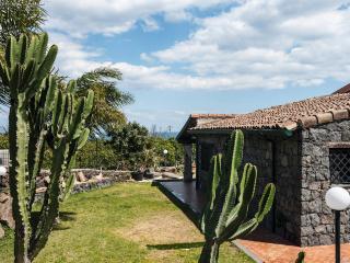 IL RUSTICO LOCATION PER FESTE - Stazzo vacation rentals