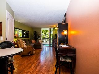 "STUDIO - YOUR ""PEACE"" OF PARADISE - Kailua-Kona vacation rentals"