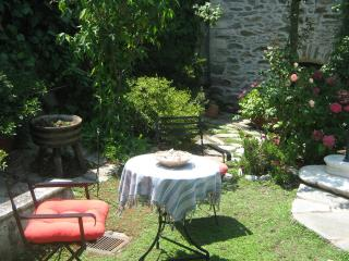 Comfortable 2 bedroom House in Mouresi with Internet Access - Mouresi vacation rentals