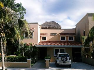 Villas Picalu B&B Boutique - Puerto Aventuras vacation rentals