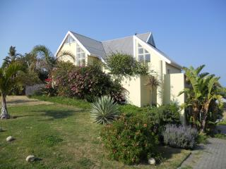 Comfortable House with Deck and Satellite Or Cable TV - Brenton-on-Sea vacation rentals