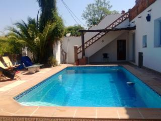 4 bedroom Finca with Internet Access in Coin - Coin vacation rentals