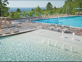 Wyndham Fairfield Bay Resort - Fairfield Bay vacation rentals