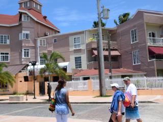 1 Bed Beach apartment, Ocean view, Ochon rios - Ocho Rios vacation rentals