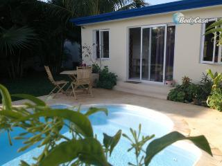 Chalet in Port Louis, Morcellement Swan, at Marie Helene's place - Port Louis vacation rentals