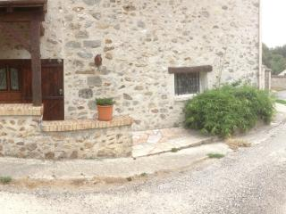 Romantic 1 bedroom Gite in Viels-Maisons - Viels-Maisons vacation rentals