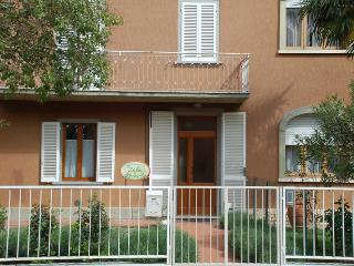 Nice 3 bedroom Bed and Breakfast in Abbadia di Montepulciano - Abbadia di Montepulciano vacation rentals