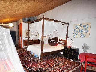 "Doppelzimmer ""Himmelbett"" auf Finca Can Corem - Campos vacation rentals"