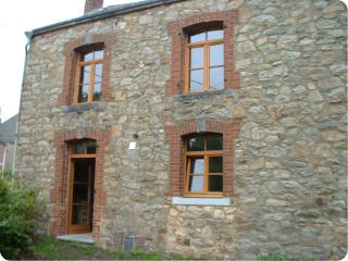 4 bedroom Gite with Internet Access in Oignies-en-Thierache - Oignies-en-Thierache vacation rentals