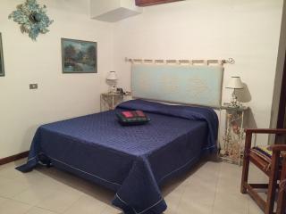 Monolocale a Capo Coda Cavallo - Capo Coda Cavallo vacation rentals