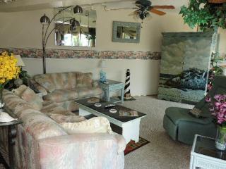 Diamond Head 208 (Side) - Ocean City vacation rentals