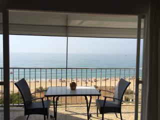 Apartamento primera línea de playa - Isla Cristina vacation rentals