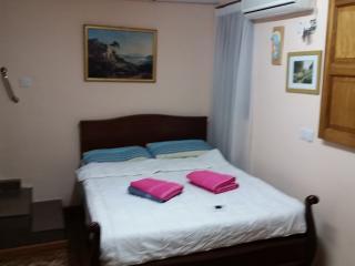 Private bedroom in Qormi (b3) - Qormi vacation rentals