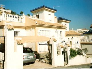 Comfortable 3 bedroom Villa in Quesada - Quesada vacation rentals