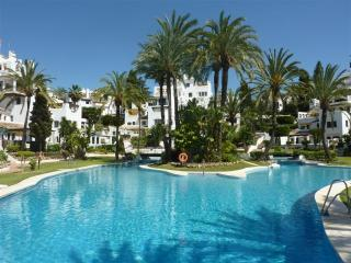 Cozy 2 bedroom Marbella Condo with Private Outdoor Pool - Marbella vacation rentals