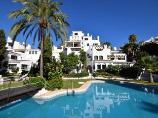 Aldea Blanca 23130 - Marbella vacation rentals