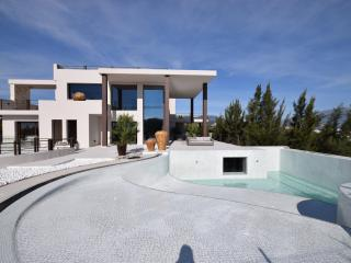 Perfect Villa with A/C and Fitness Room - Marbella vacation rentals