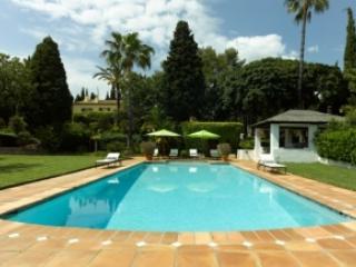 Villa Court Yard Marbella - Image 1 - Marbella - rentals