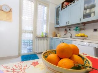 Cozy 3 bedroom Messina B&B with Internet Access - Messina vacation rentals