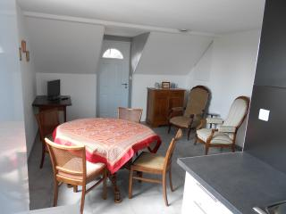 Nice Condo with Internet Access and Central Heating - Bergheim vacation rentals