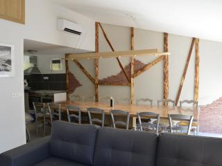 Nice Gite with Internet Access and Dishwasher - Trebas vacation rentals