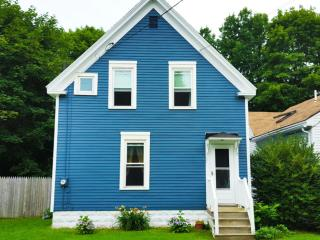 Charming 3 Bed, 2 BR in Historic District - Rockland vacation rentals