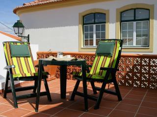 Bright 2 bedroom Vacation Rental in Vila de Rei - Vila de Rei vacation rentals