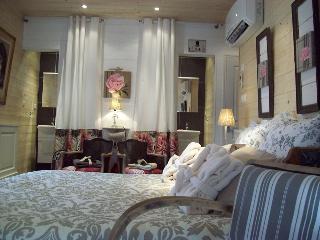 Romantic 1 bedroom Bed and Breakfast in Guerande - Guerande vacation rentals