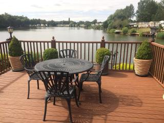 Luxury Caravan Tattersall Lakes Country Park - Tattershall vacation rentals